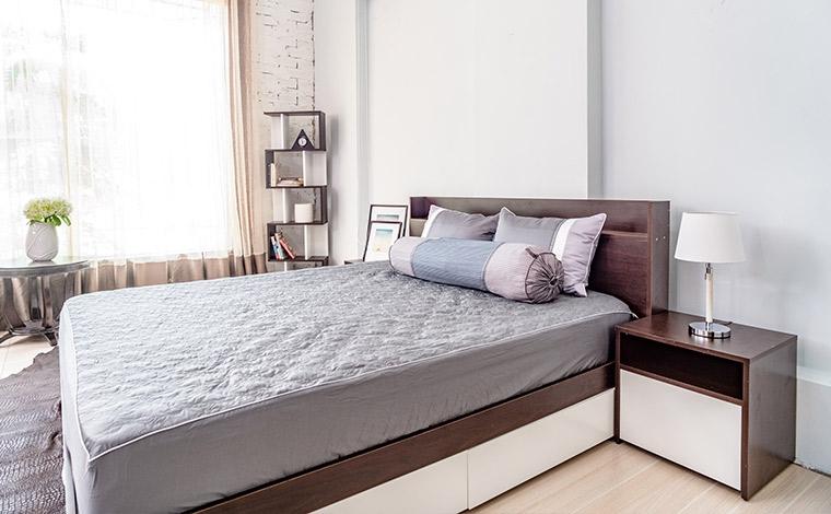 Giường ngủ 2 hộc kéo kết hợp kệ đầu giường