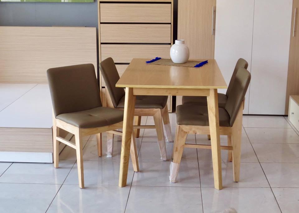 Bộ bàn ăn 4 ghế OBAMA tự nhiên